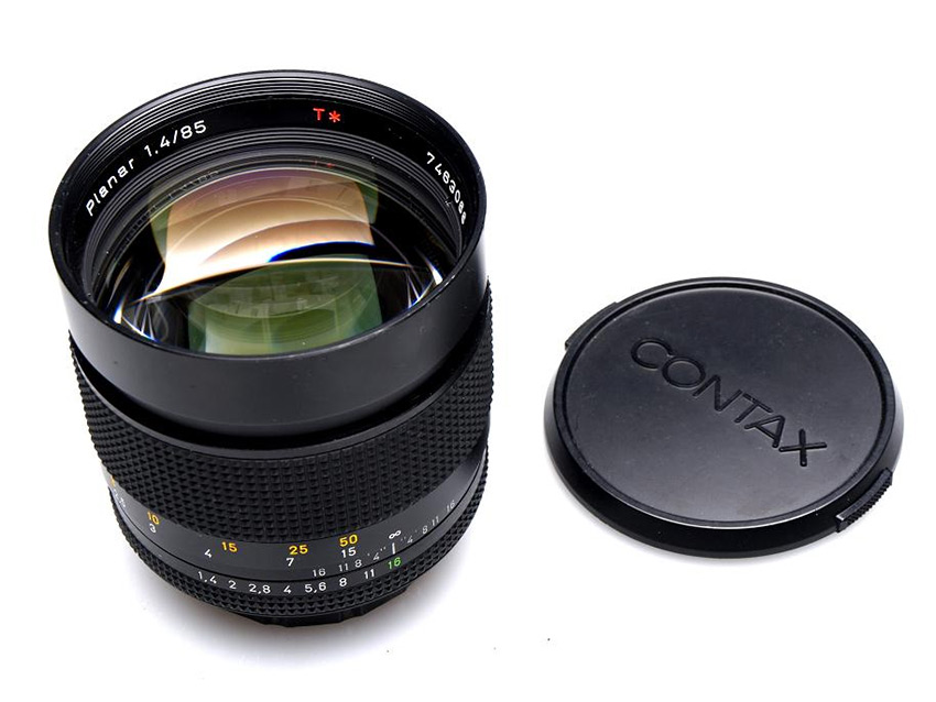CARL ZEISS 1.4/85 PLANAR T